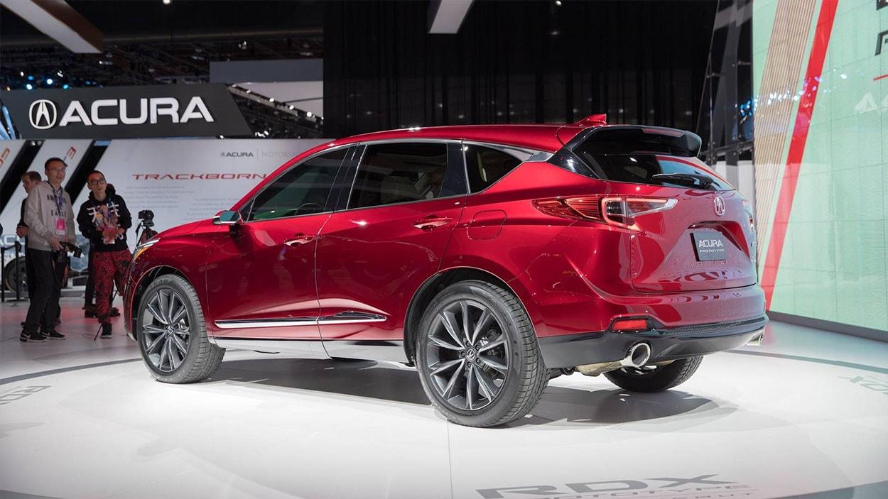 Acura RDX фото сбоку