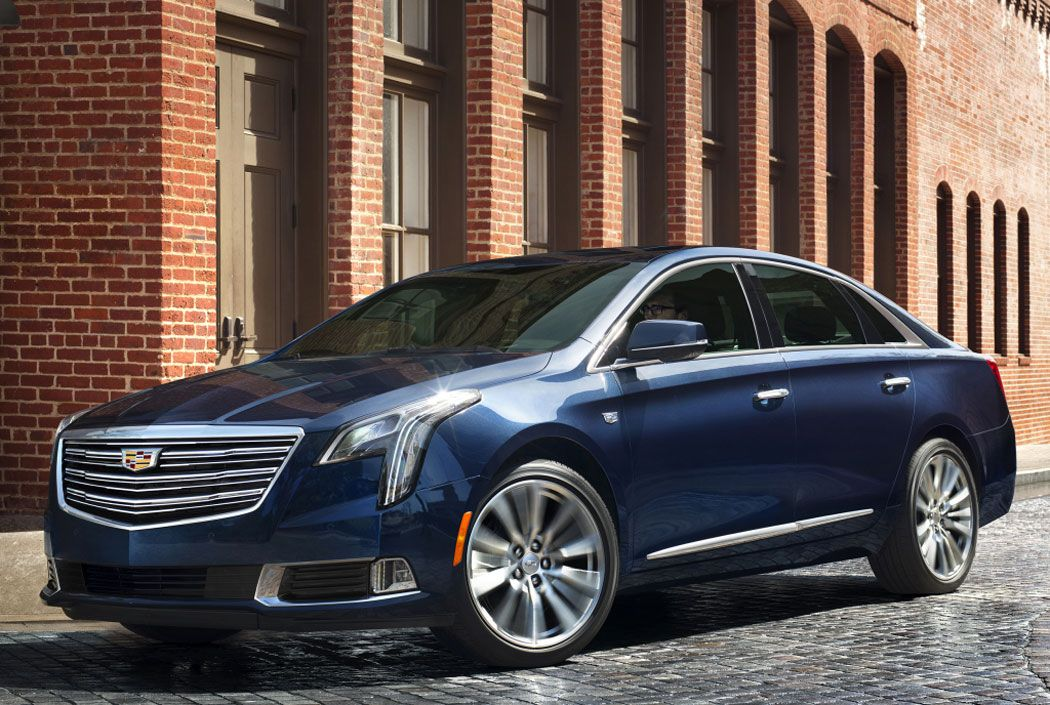 Cadillac XTS фото