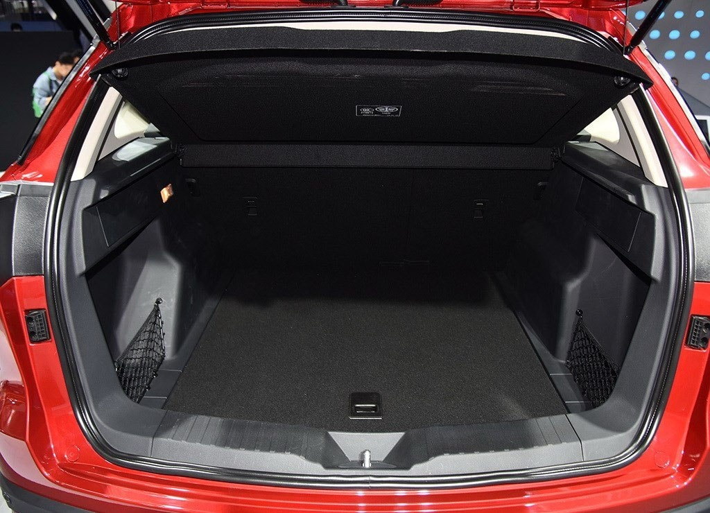 FAW Senya R9 багажник