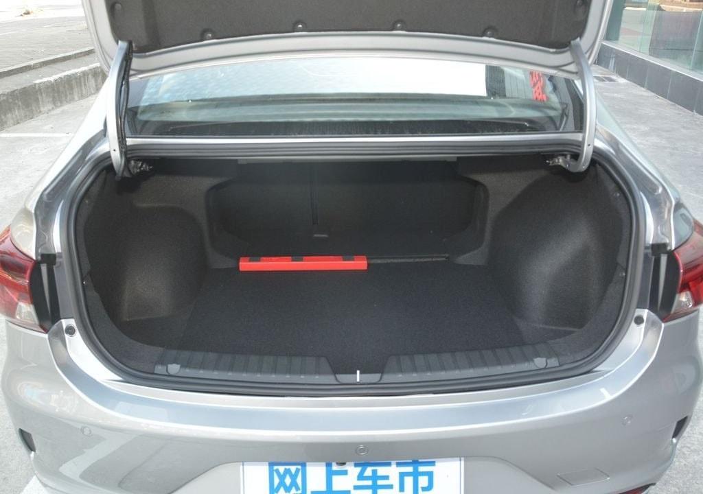Gac Trumpchi GA4 багажник