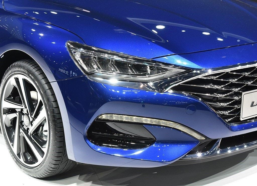 Hyundai Lafesta фары