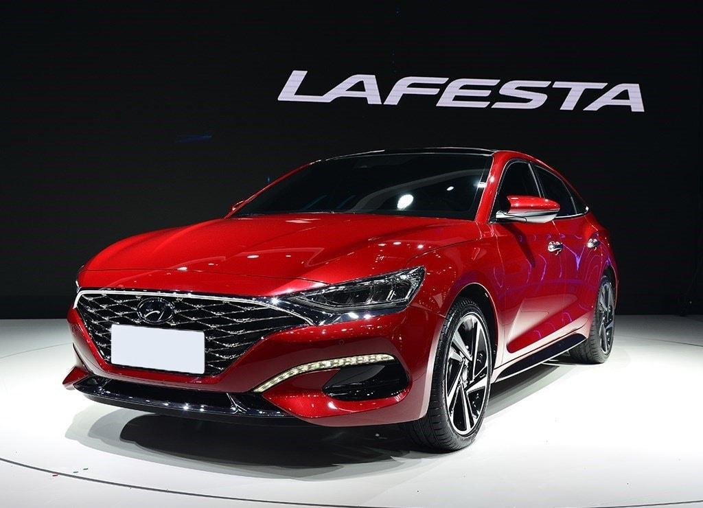 Hyundai Lafesta спереди