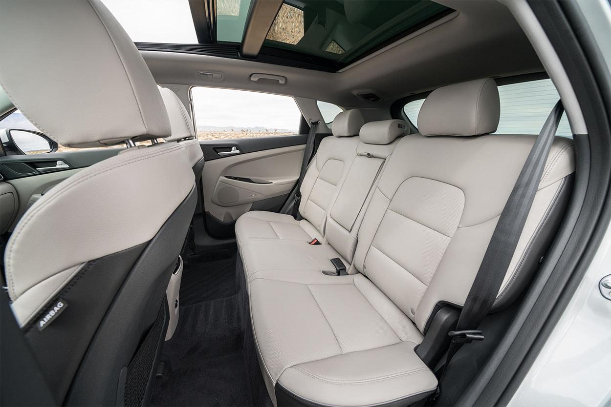 Hyundai Tucson новинка 2018 фото задние сидения