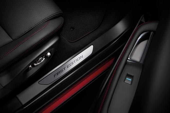 Jaguar E-Pace детали салона