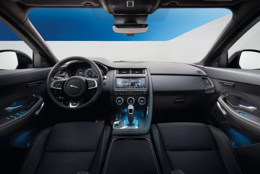 Jaguar E-Pace фото салон