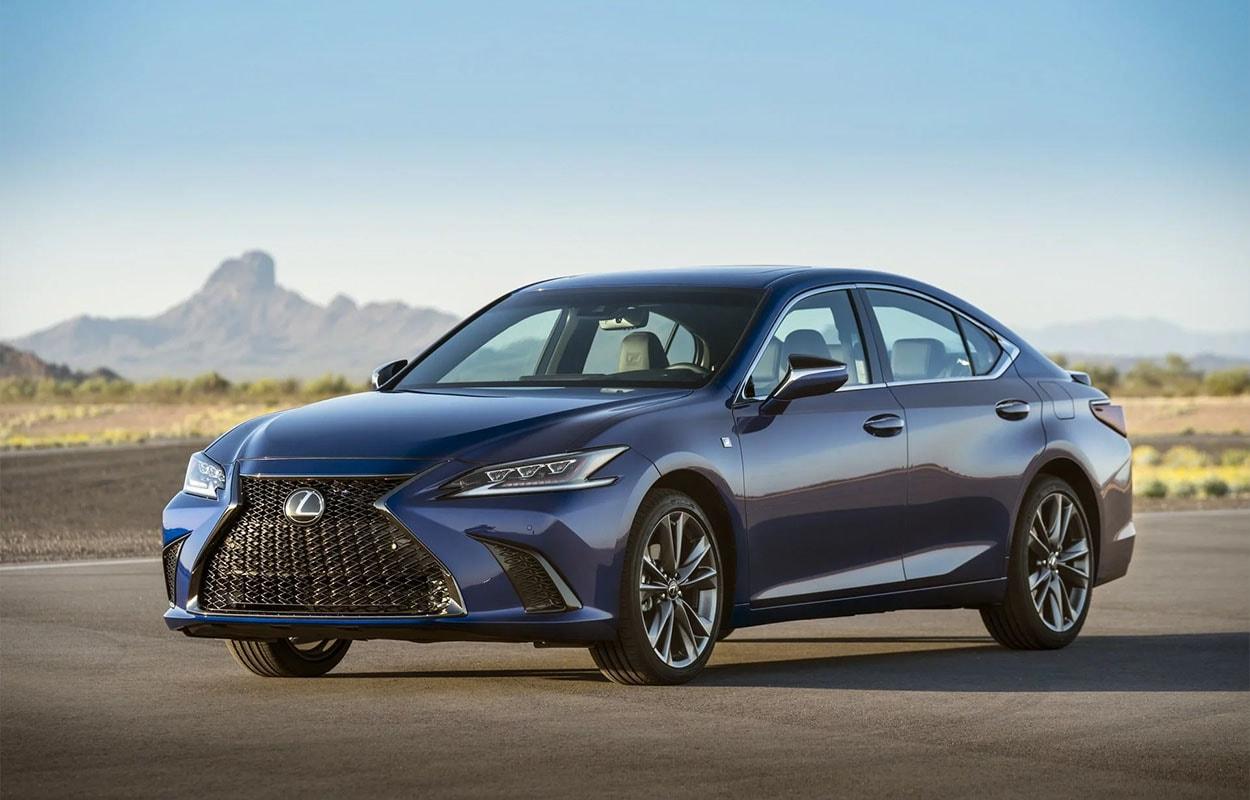 Lexus ES фото вид спереди