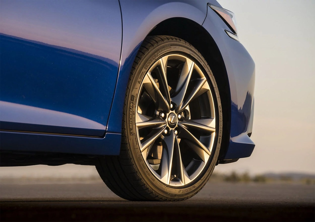 Lexus ES колёса