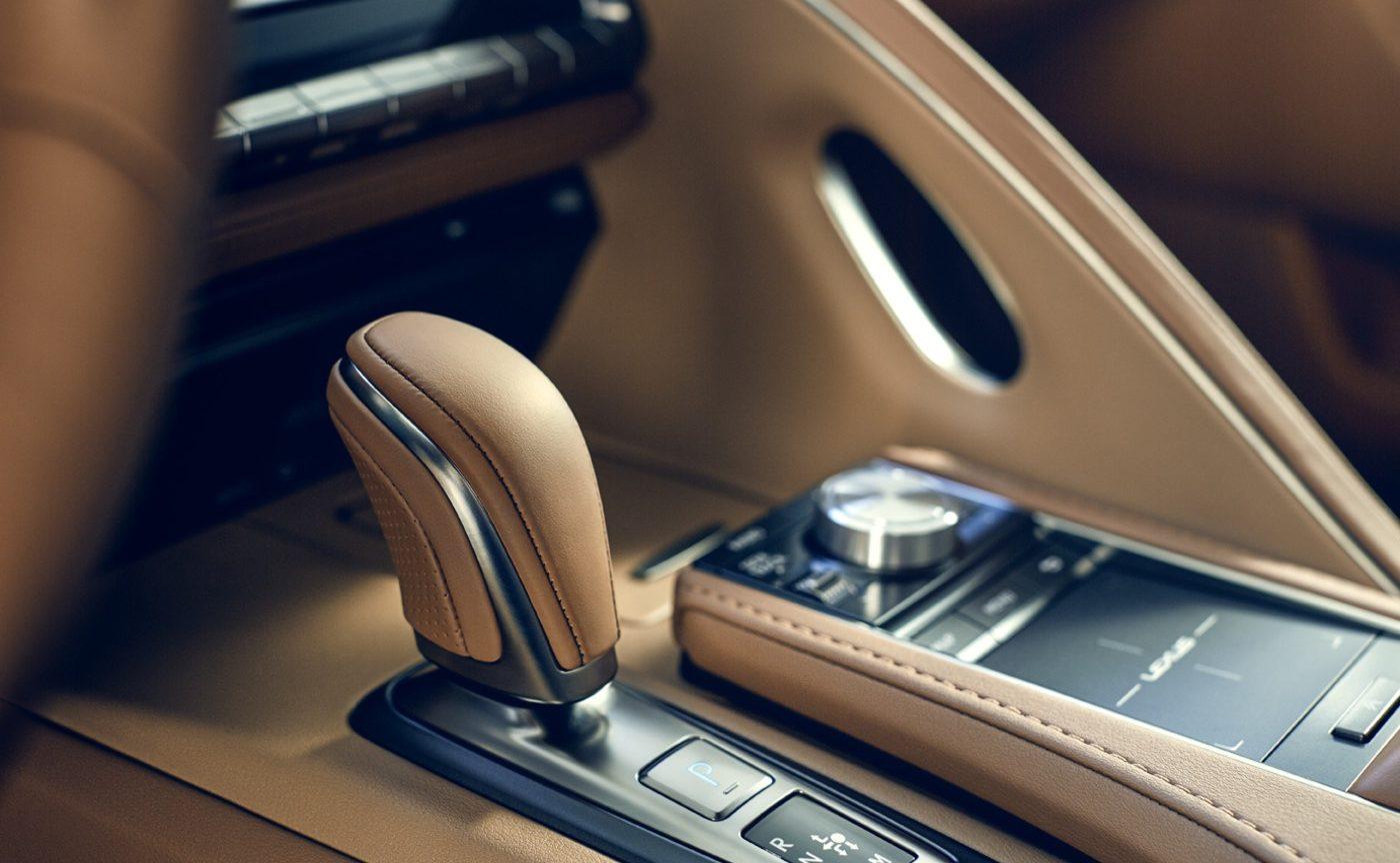 Lexus LC 500 салон
