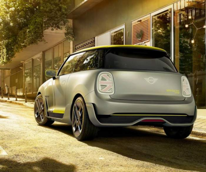MINI Electric Concept сзади