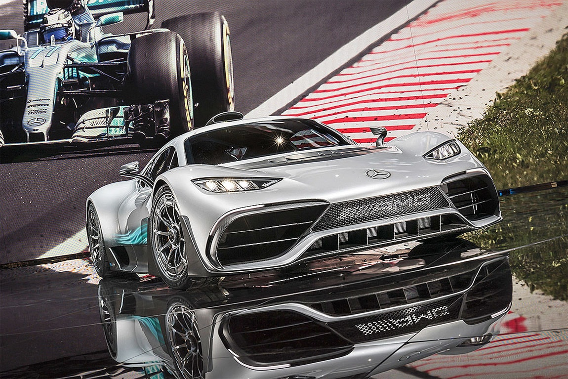 Mercedes-AMG Project One фото спереди