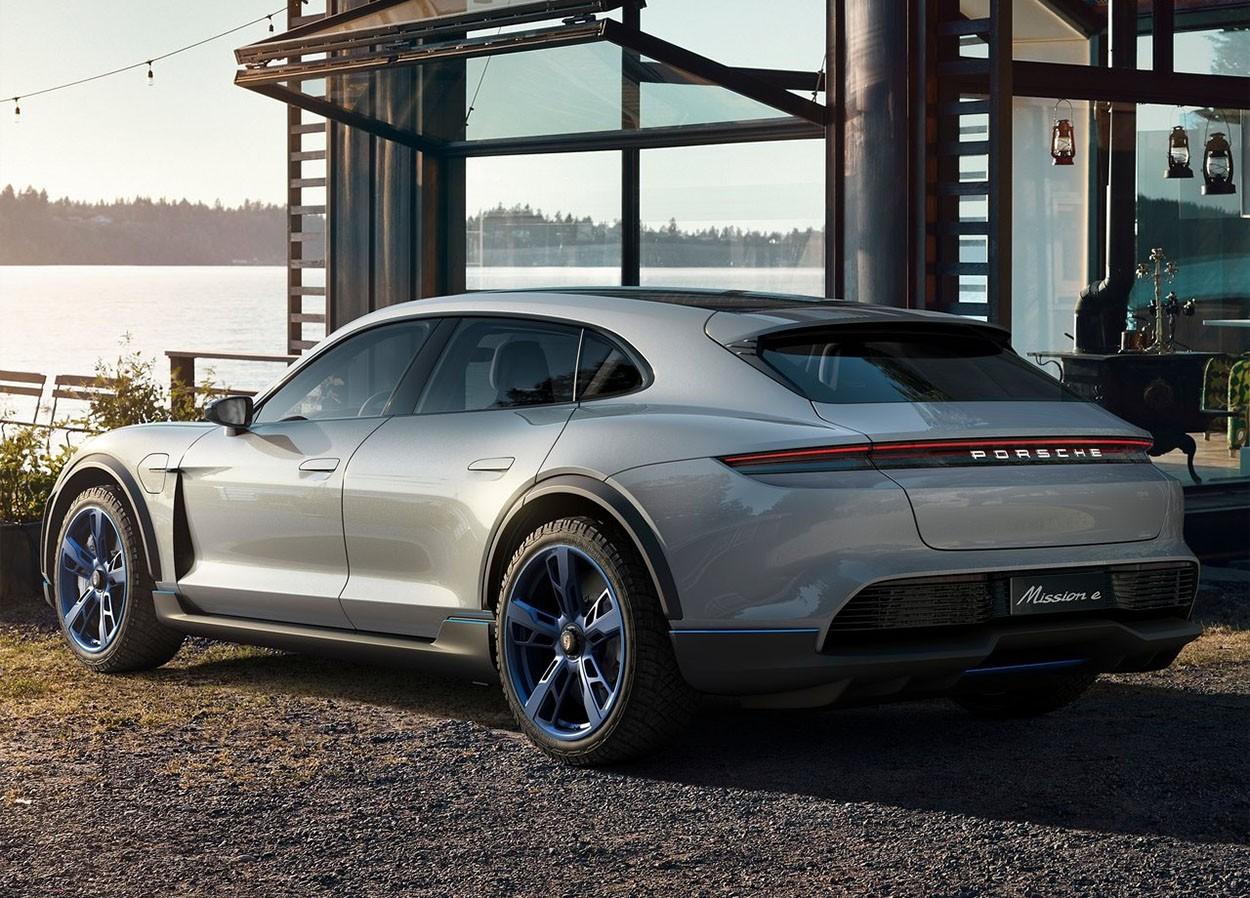 Porsche Mission E Cross Turismo Concept фото сзади