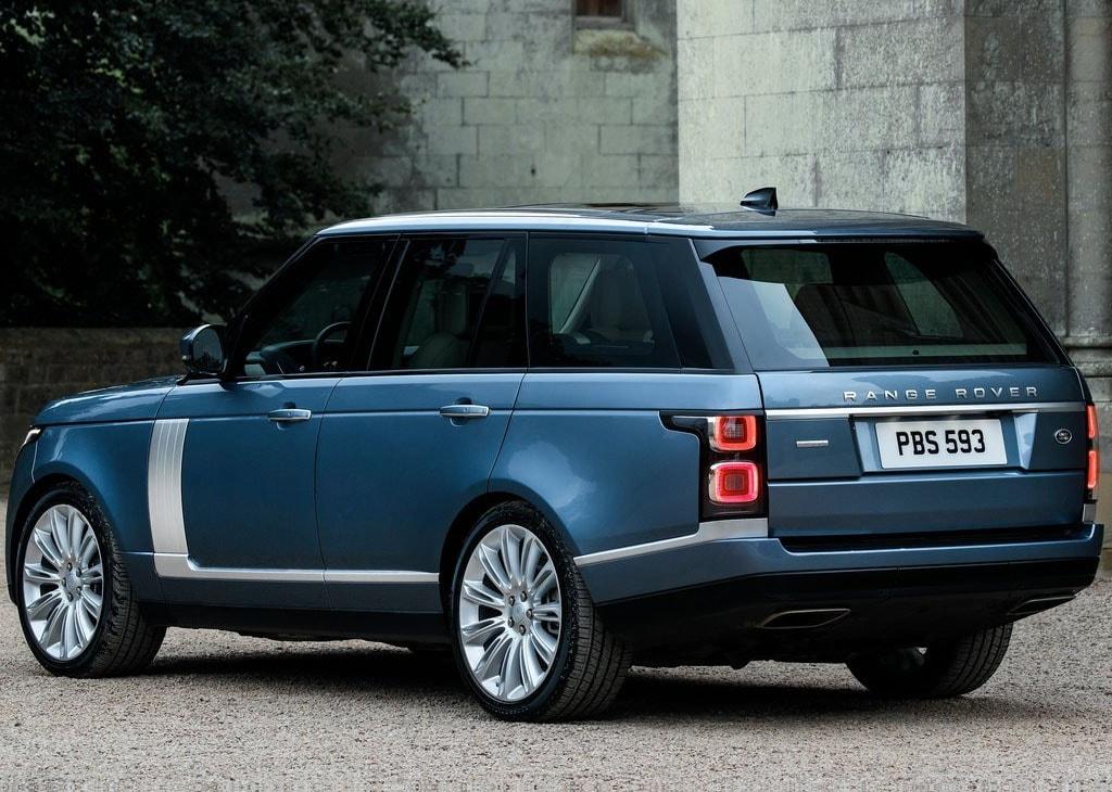 Range Rover 2018 вид сзади фото