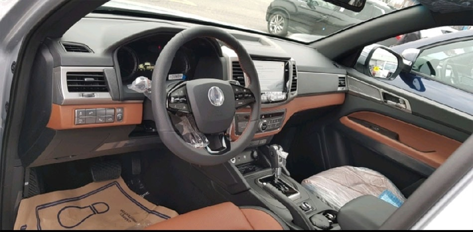 Ssang Yong Rexton Sport фото салона