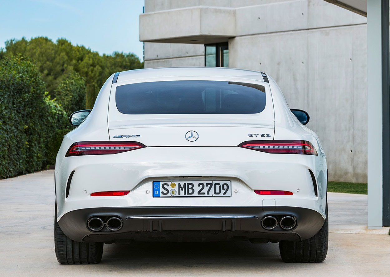 mercedes amg gt 4 door coupe вид сзади