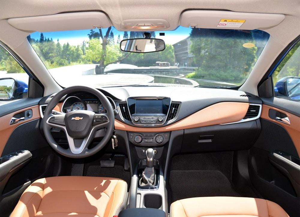 Chevrolet Cavalier салон
