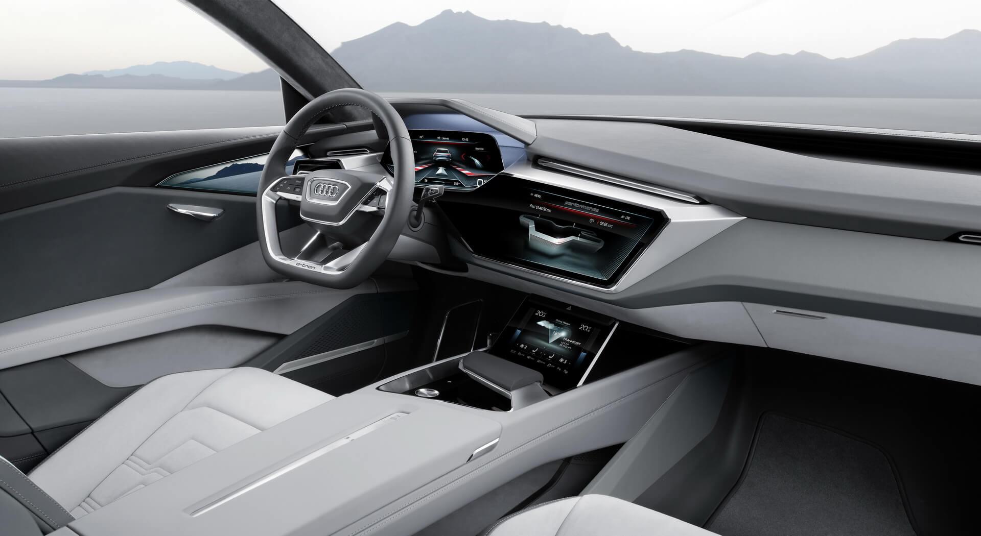 Audi e-tron Quattro салон