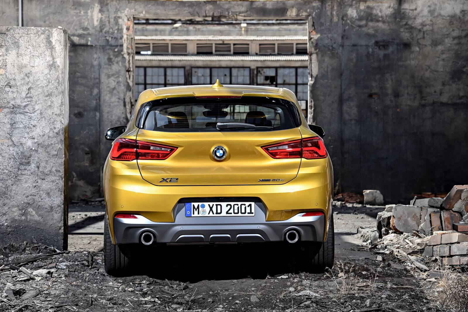BMW Х2 вид сзади