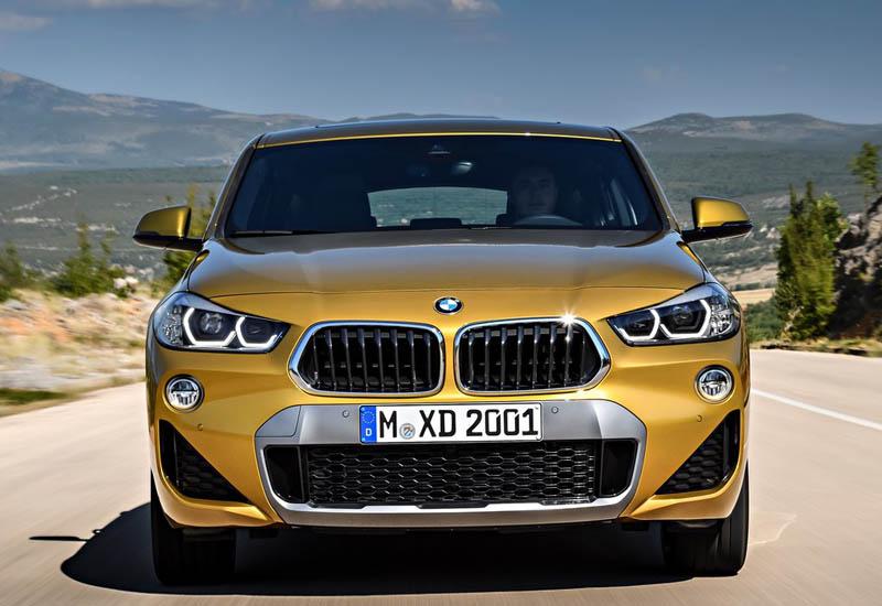 BMW X2 фото спереди