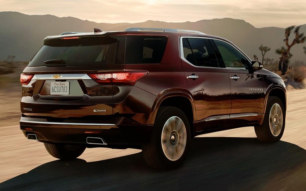 Chevrolet Traverse 2017 вид сзади