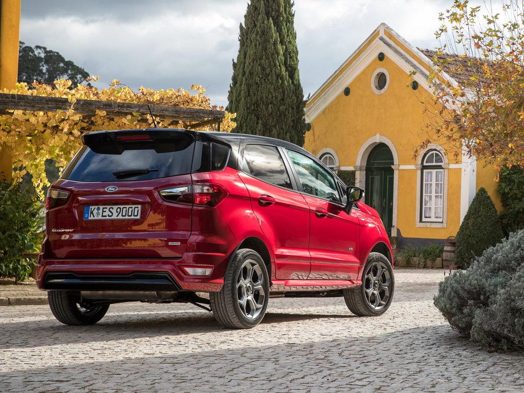 Ford EcoSport 2017 сзади