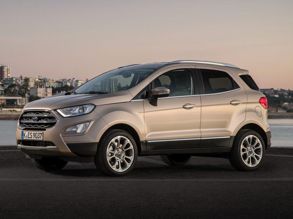 Ford EcoSport 2017 вид сбоку