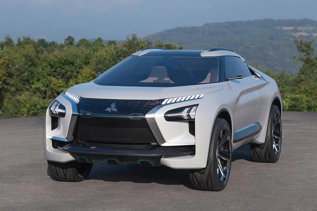 Mitsubishi e-Evolution вид спереди