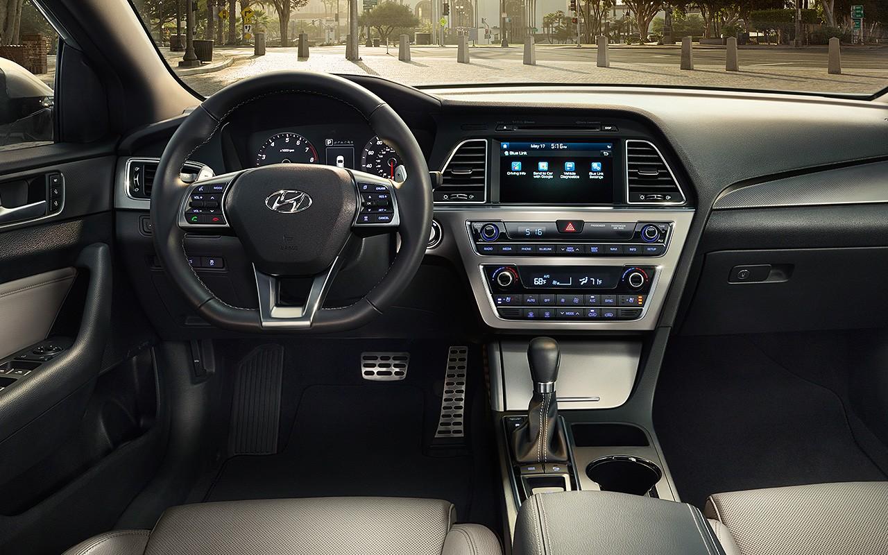 Hyundai Sonata салон