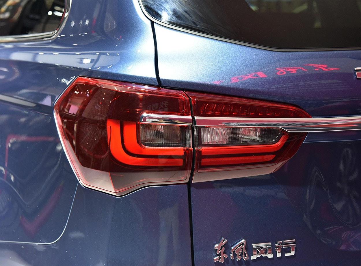 Dongfeng T7 задние фонари