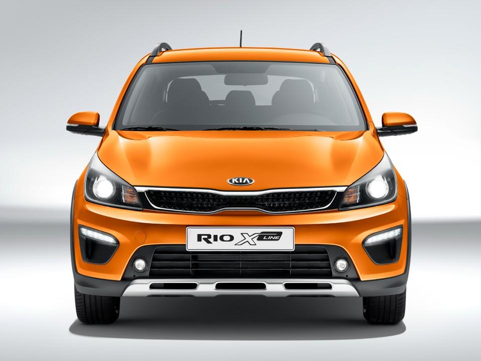 Kia Rio X-Line вид спереди