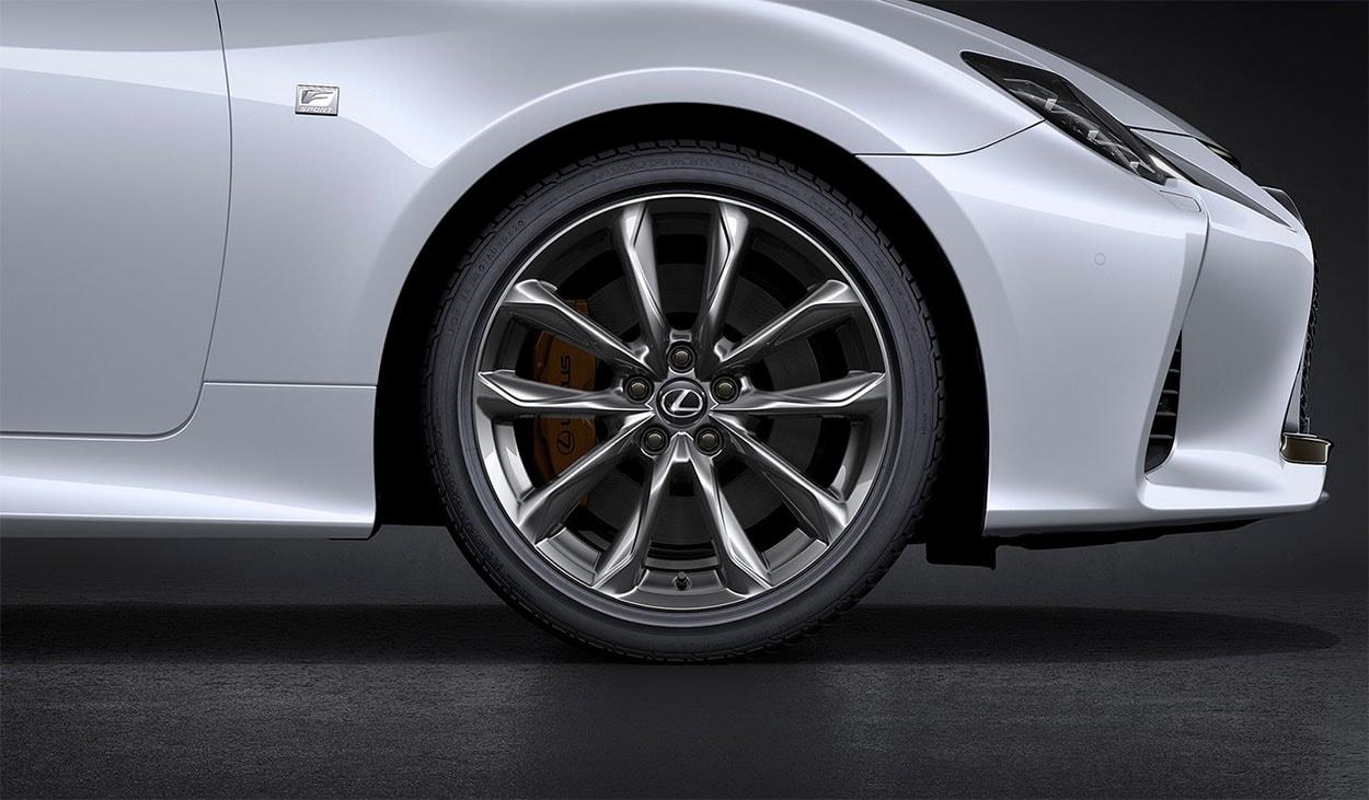 Lexus RC колёса