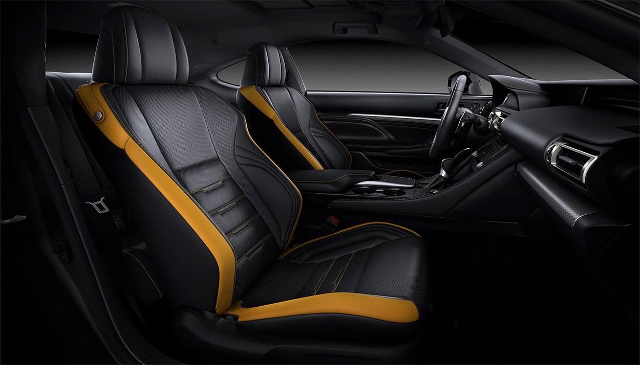 Lexus RC передние сидения