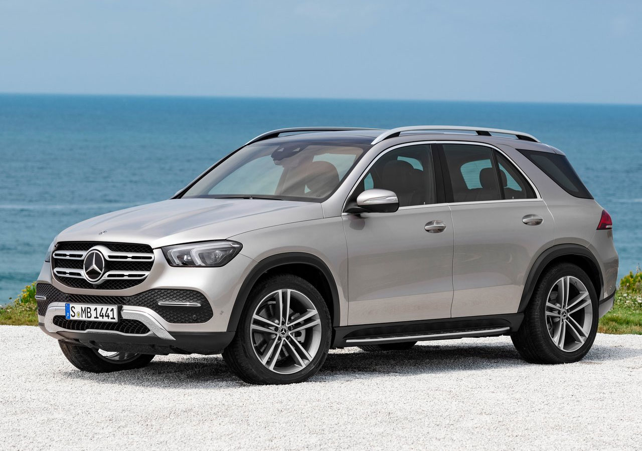 MERCEDES-BENZ GLE вид сбоку
