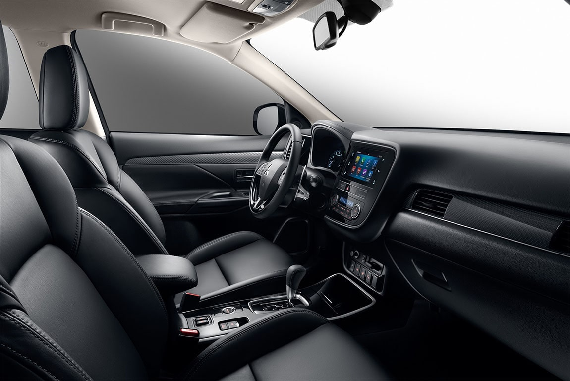 Mitsubishi Outlander передние сидения