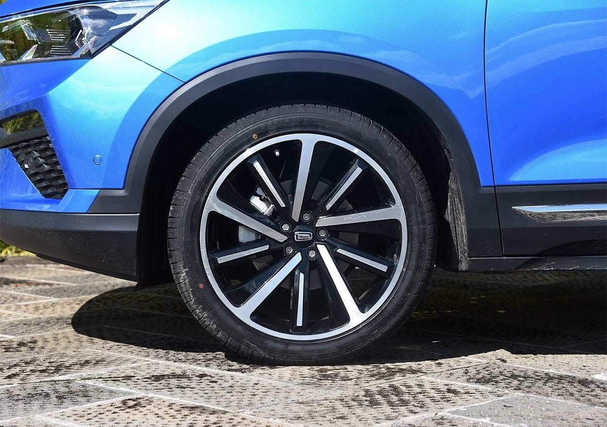 FAW Bestune T77 колёса