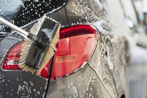 Советы как правильно помыть машину