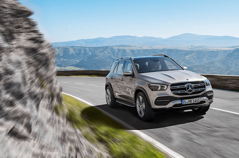 Mercedes-Benz gle 450 спереди