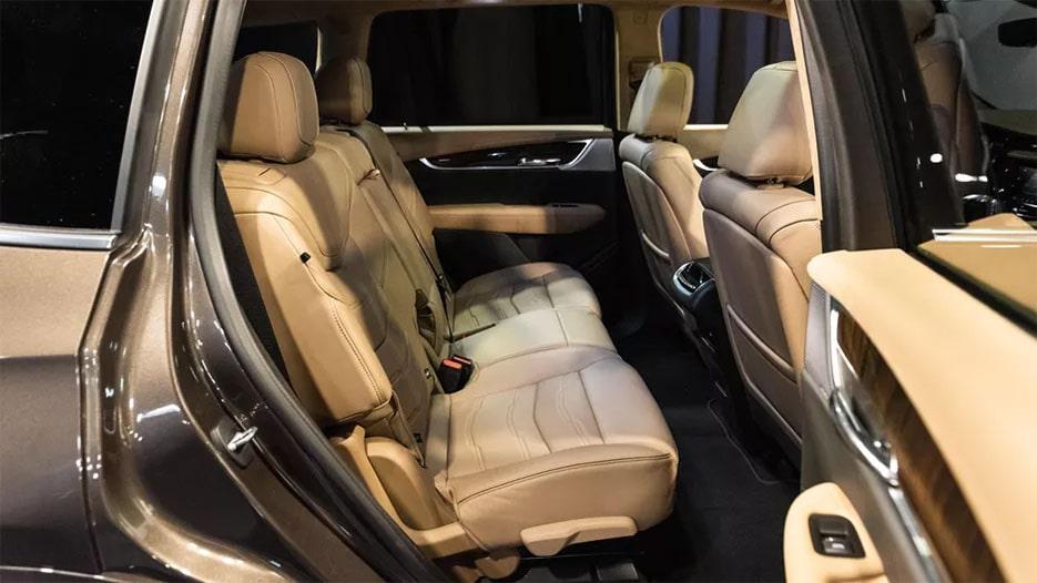Cadillac XT6 третий ряд сидений