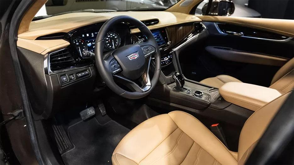 Cadillac XT6 вид салон