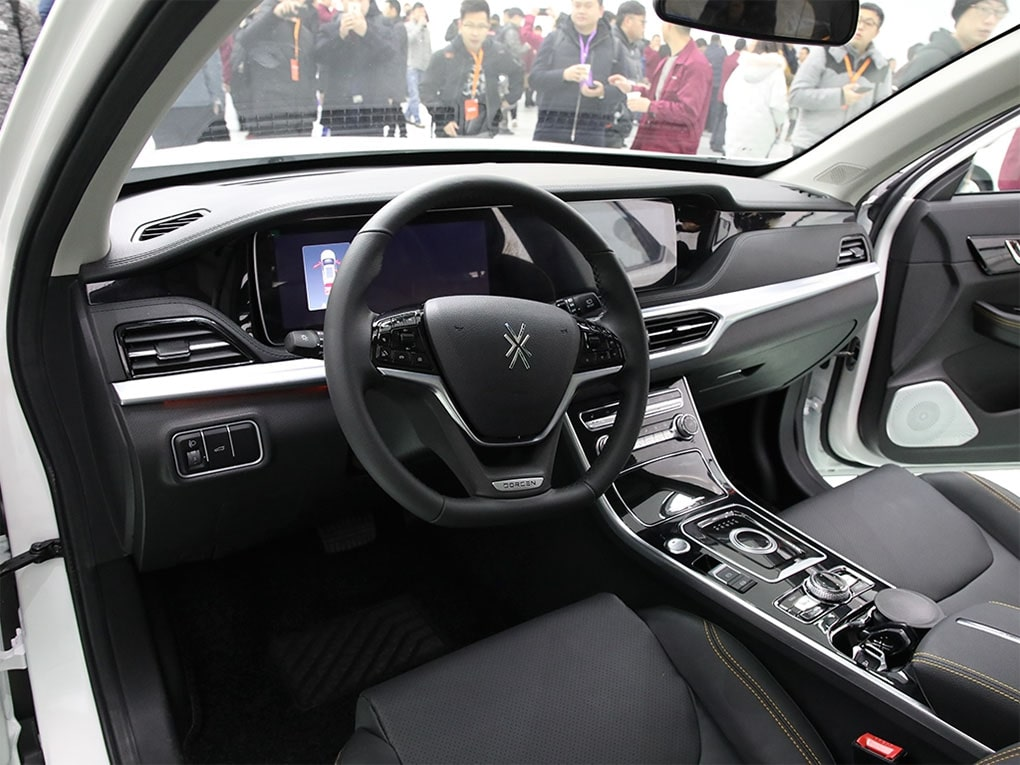 Dorcen G60S передние сидения
