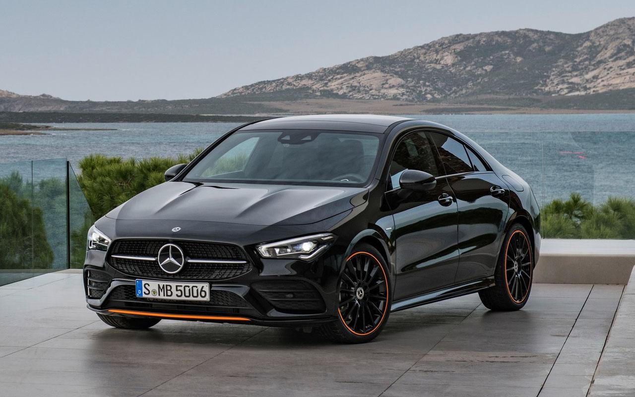 Mercedes-Benz CLA вид спереди