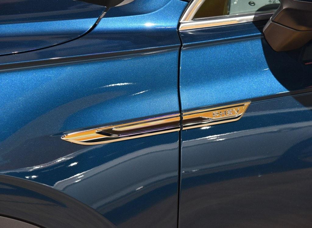 Volkswagen Touareg Phev детали кузова