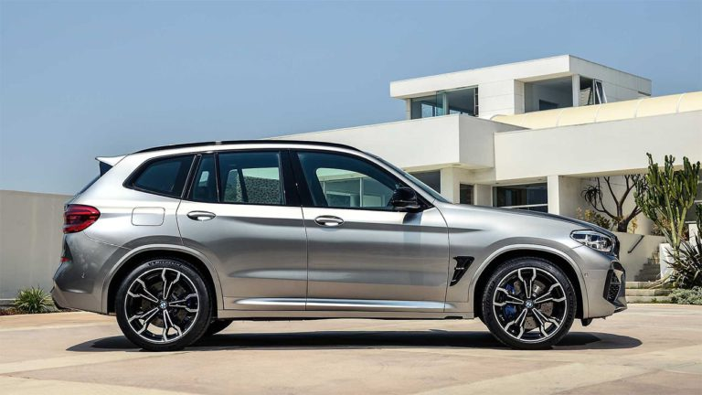 BMW X3 M и BMW X4 M сбоку