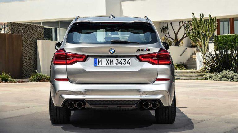 BMW X3 M и BMW X4 M вид сзади