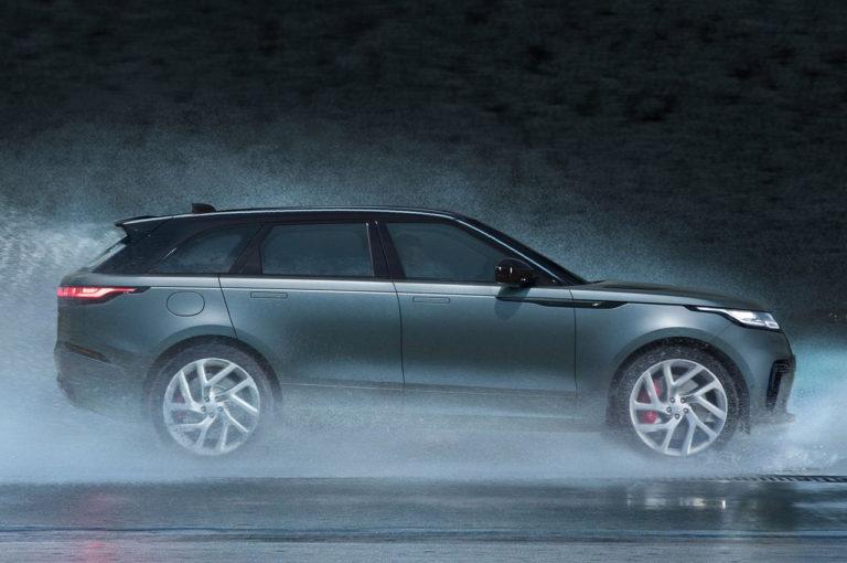 Range Rover Velar вид сбоку