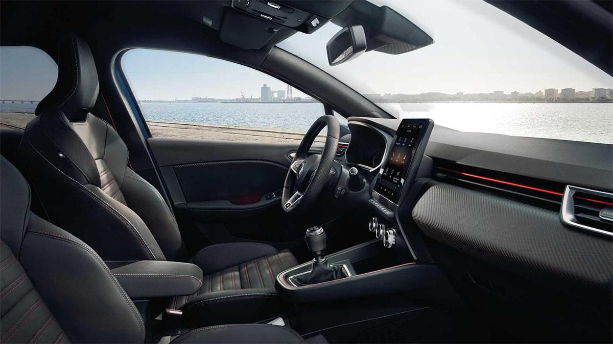 Renault Clio передние сидения