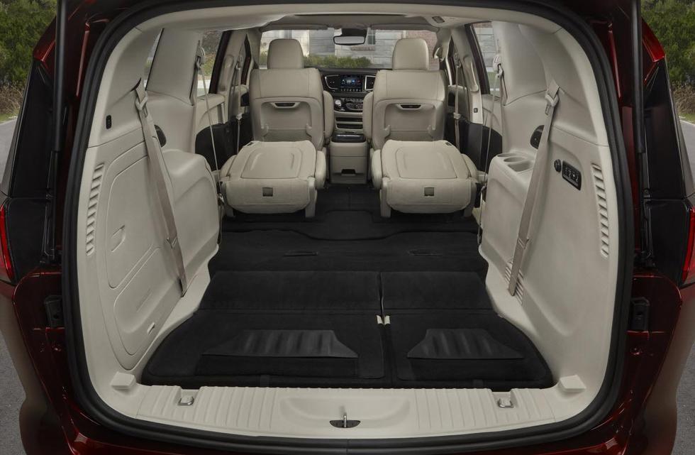 Chrysler Pacifica багажник