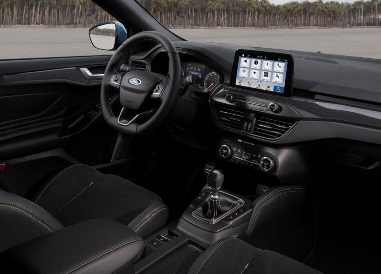 Ford Focus ST передние сидения