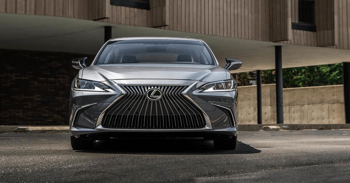 Новый Lexus ES