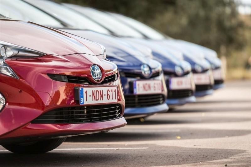 Toyota продает большинство гибридов в мире