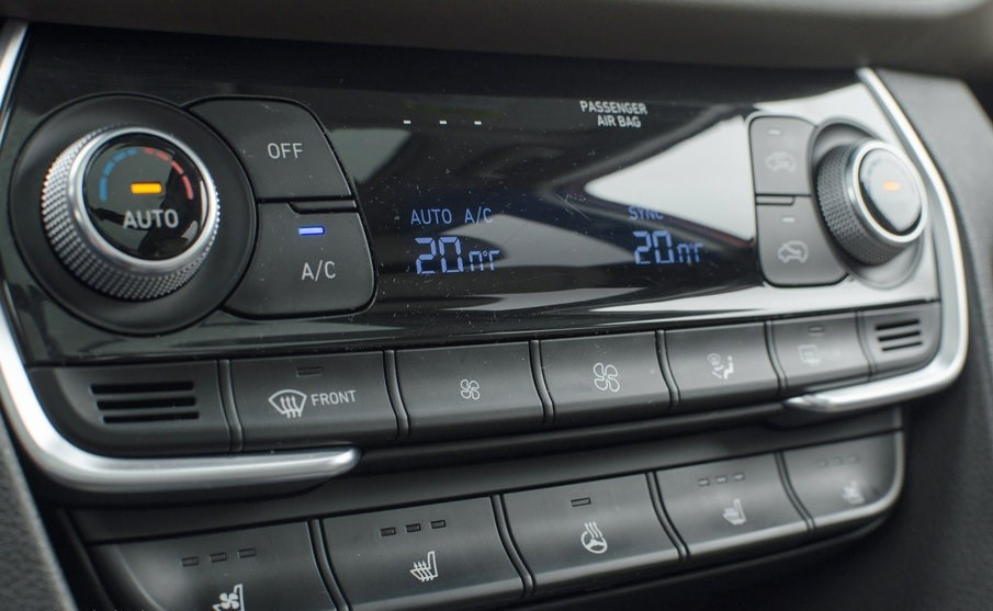 Hyundai Santa Fe 2.0 мультимедиа